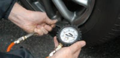 タイヤ空気圧の計測